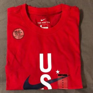 Nike USA RWB DriFit Training Shirt - Sz Med - red